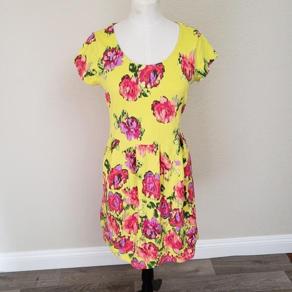 Isaac Mizrahi Dresses & Skirts - Isaac Mizrahi Live Floral Dress Small
